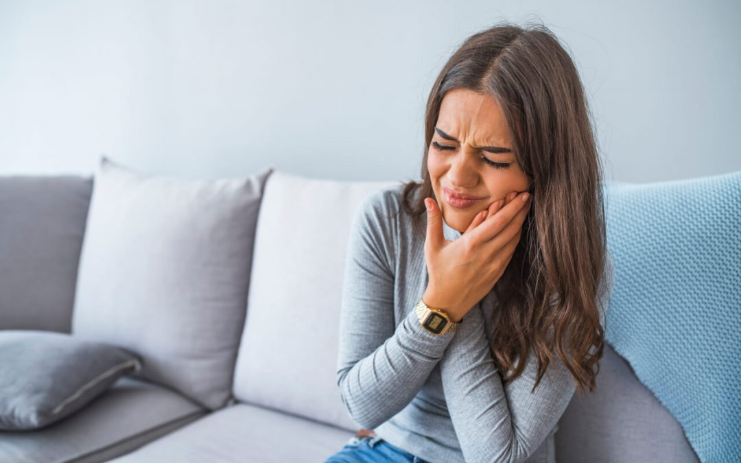 Causes of tooth infection after root canal